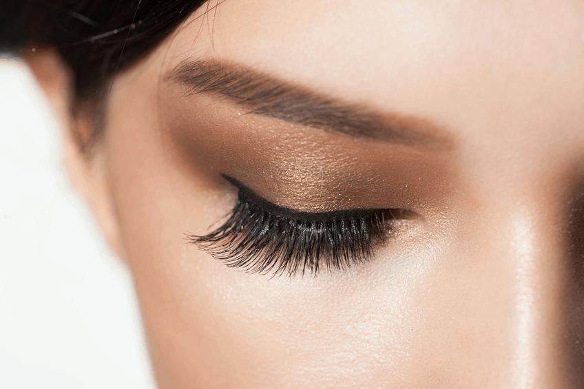 Contoured Sleep Eye Masks Protect Eyelashes